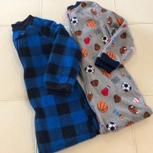 Boys 5T Fleece Footed Zip Up Pajama Bundle